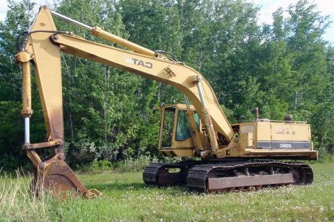 CAT 235C - 1990